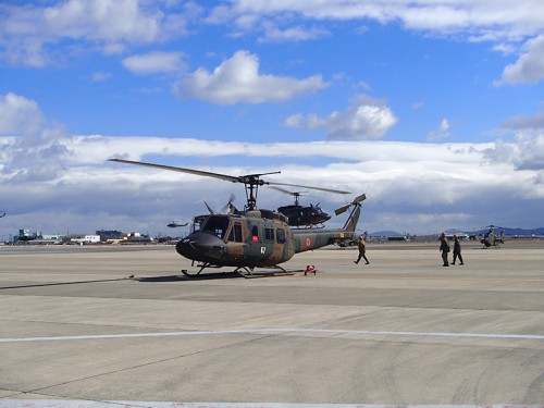 UH-1J 多用途ヘリコプター(ヒューイ)